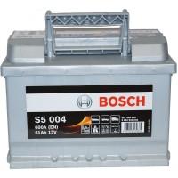 Автомобильный аккумулятор Bosch 6СТ-61 R+ S5 004